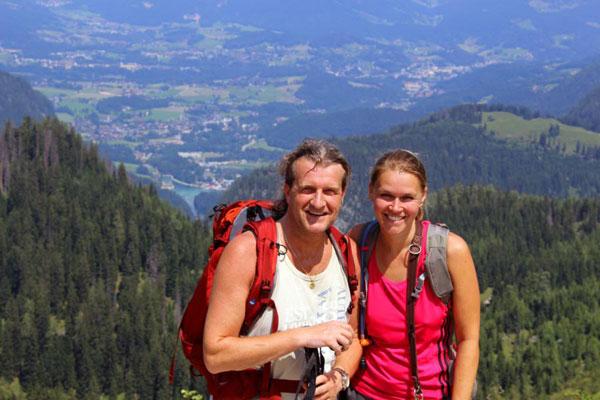 Hiking in the bavarian mountains | Die Fotos dürfen ausschließlich für Marketingmaßnahmen die Ferienwohnungen ALPENGLUEHN - Wiesenweg 4 - D-Berchtesgaden - verwendet werden. Jegliche Nutzung Dritter ist mit dem Bildautor Günter Standl (www.guenterstandl.de) gesondert zu vereinbaren.
