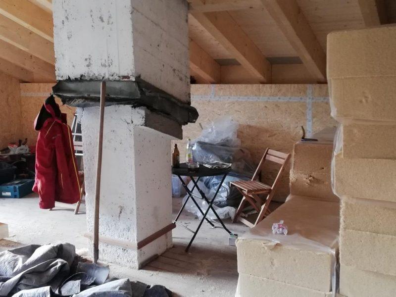 (c)Ferienparadies Alpengluehn - Reovierungsarbeiten Frühjahr 2019 nach dem Schneeschaden Teil 8