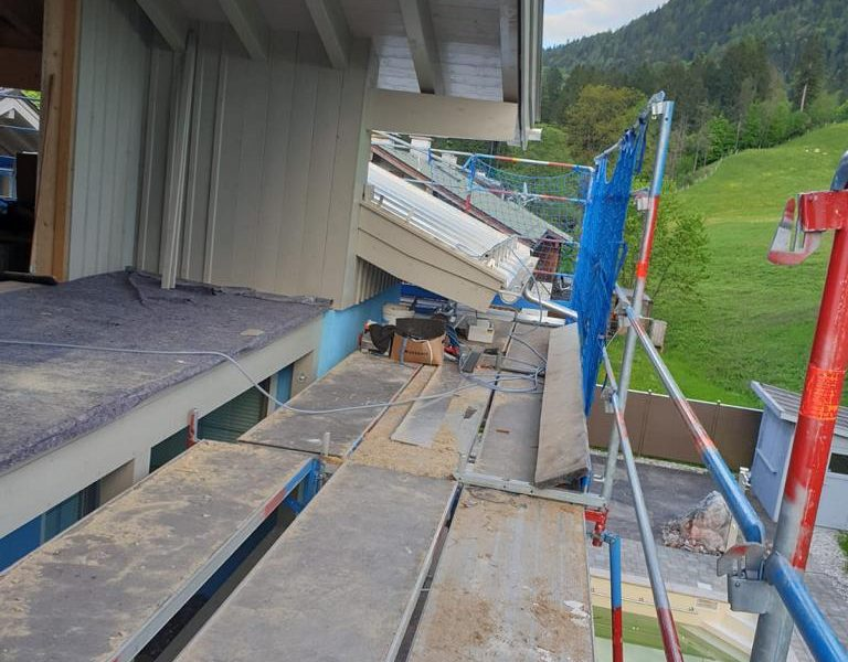 Ferienparadies_Alpengluehn_Umbau_18.05.2019 (68)